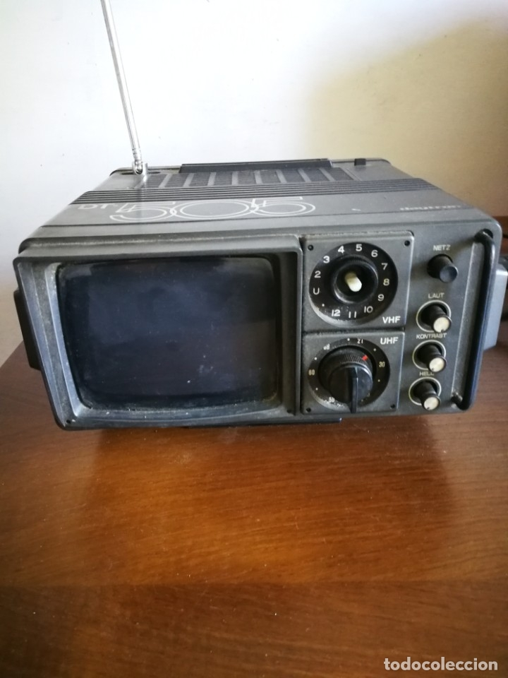 TELEVISION PORTATIL (Antigüedades - Varios)