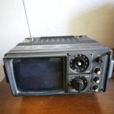 Antigüedades: TELEVISION PORTATIL. Lote 177617109
