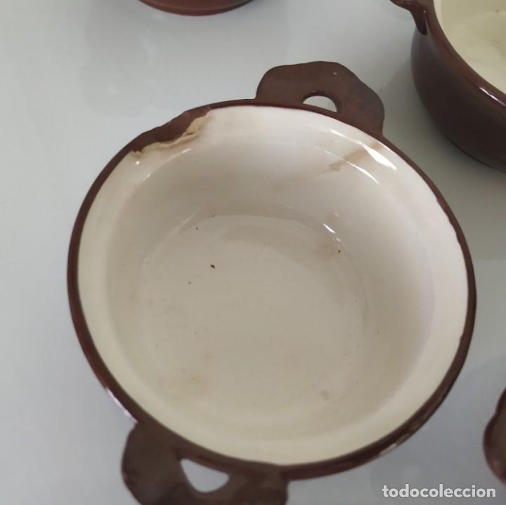 Antigüedades: Curioso juego de 16 cazuelitas cazuelas de Sarreguemines. Francia - Foto 10 - 177617260