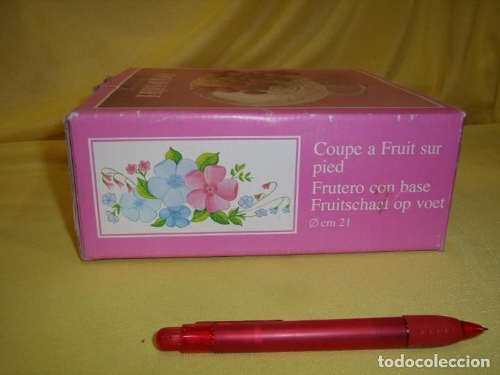 Antigüedades: Centro de cristal frutero fabricado en Italia, años 70, Nuevo en su caja original. - Foto 7 - 177642857