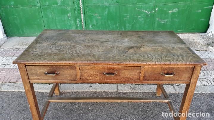 Antigüedades: Escritorio antiguo estilo industrial. Mesa tocinera antigua. Mesa de taller cocina vintage. - Foto 4 - 194156236