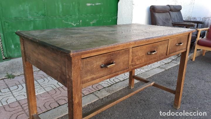 Antigüedades: Escritorio antiguo estilo industrial. Mesa tocinera antigua. Mesa de taller cocina vintage. - Foto 8 - 194156236