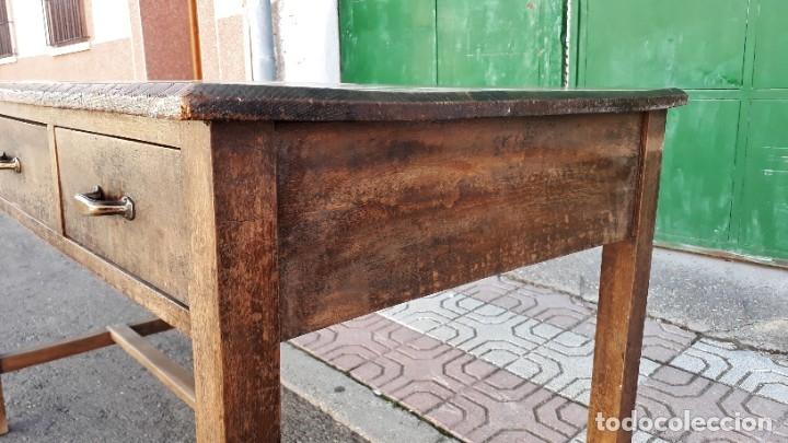 Antigüedades: Escritorio antiguo estilo industrial. Mesa tocinera antigua. Mesa de taller cocina vintage. - Foto 13 - 194156236