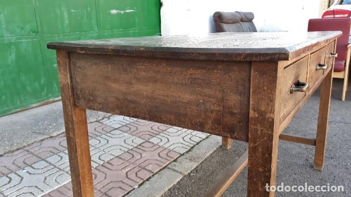 Antigüedades: Escritorio antiguo estilo industrial. Mesa tocinera antigua. Mesa de taller cocina vintage. - Foto 16 - 194156236