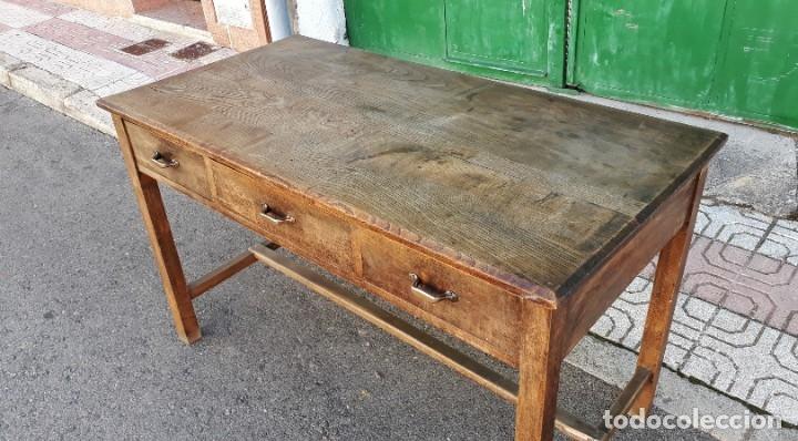 Antigüedades: Escritorio antiguo estilo industrial. Mesa tocinera antigua. Mesa de taller cocina vintage. - Foto 18 - 194156236