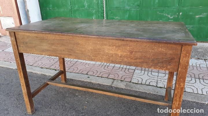 Antigüedades: Escritorio antiguo estilo industrial. Mesa tocinera antigua. Mesa de taller cocina vintage. - Foto 20 - 194156236