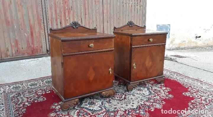 Antigüedades: 2 dos mesillas de dormitorio antiguas estilo art decó. Pareja de mesitas de noche antiguas vintage. - Foto 5 - 177668248