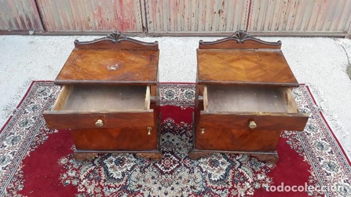 Antigüedades: 2 dos mesillas de dormitorio antiguas estilo art decó. Pareja de mesitas de noche antiguas vintage. - Foto 7 - 177668248