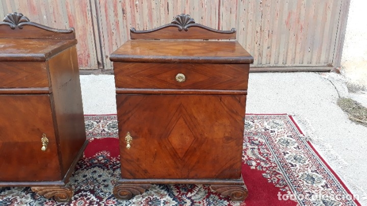 Antigüedades: 2 dos mesillas de dormitorio antiguas estilo art decó. Pareja de mesitas de noche antiguas vintage. - Foto 8 - 177668248