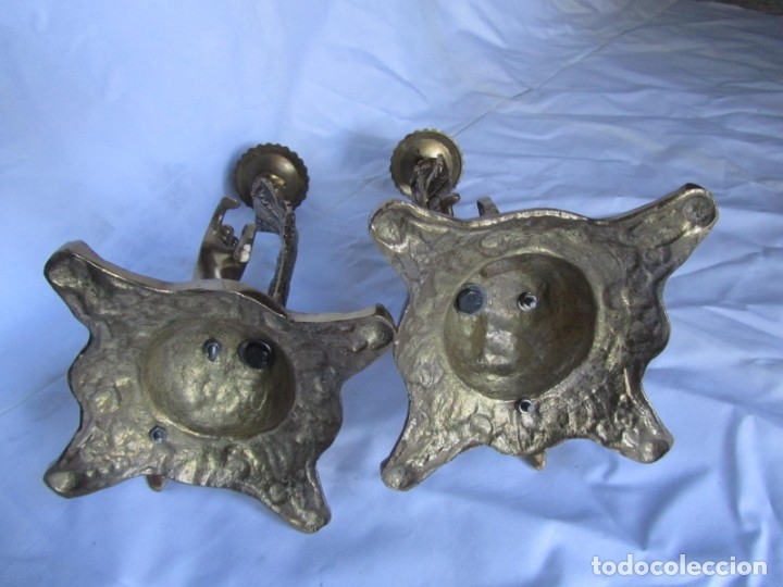 Antigüedades: Magnífica pareja de portavelas en bronce con caballos (32 cm de altura) - Foto 17 - 177671009