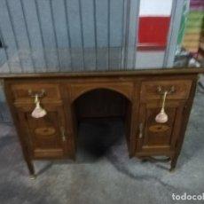 Antigüedades: CÓMODA DE DORMITORIO . Lote 177685754