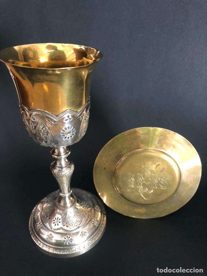 Antigüedades: Precioso y coqueto cáliz del S. XIX con su patena - Foto 4 - 177696724