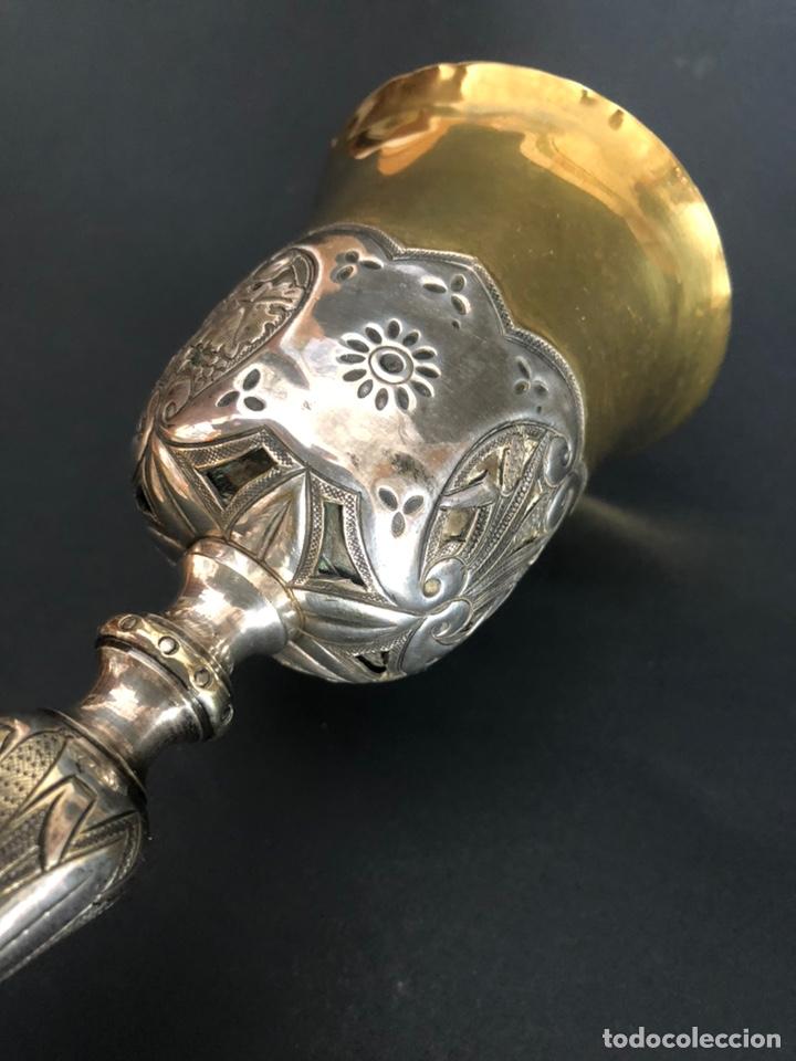 Antigüedades: Precioso y coqueto cáliz del S. XIX con su patena - Foto 8 - 177696724