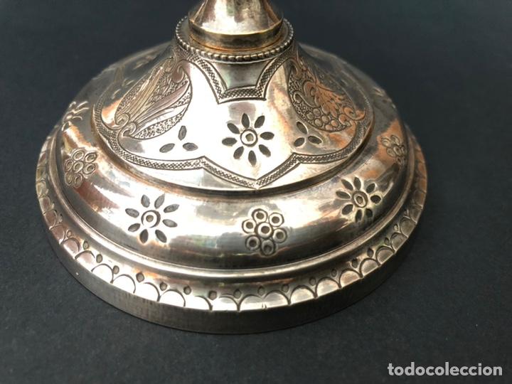 Antigüedades: Precioso y coqueto cáliz del S. XIX con su patena - Foto 15 - 177696724
