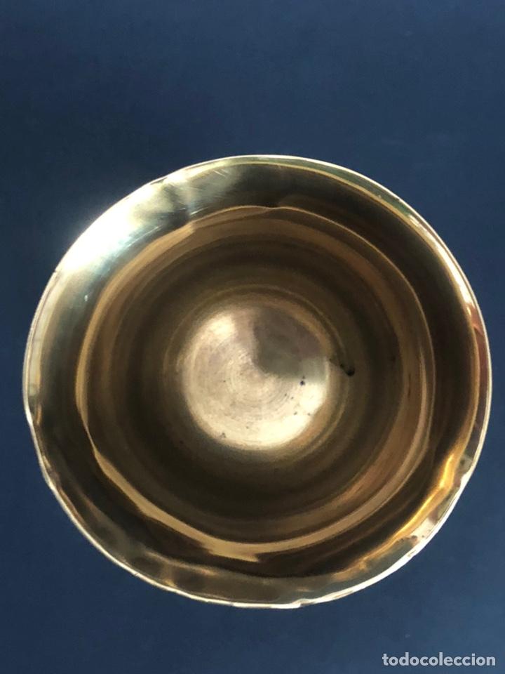 Antigüedades: Precioso y coqueto cáliz del S. XIX con su patena - Foto 20 - 177696724