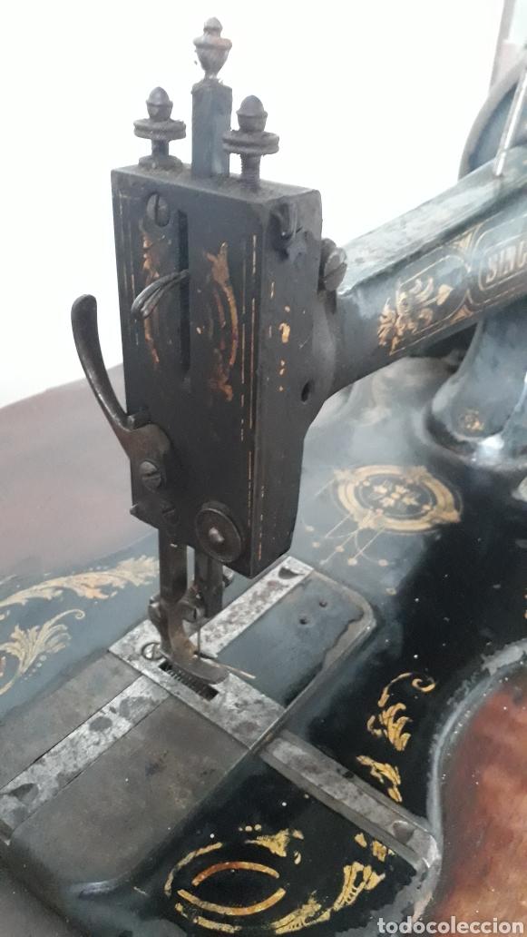 Antigüedades: Antigua máquina de coser Singer - Foto 7 - 177720947
