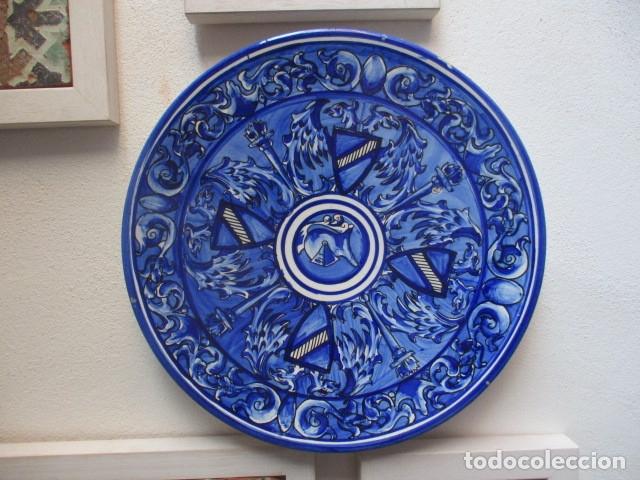 PLATO ANTIGUO CERAMICA TRIANA (Antigüedades - Porcelanas y Cerámicas - Triana)
