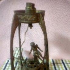 Antigüedades: LÁMPARA MODERNISTA EN BRONCE . Lote 177763155