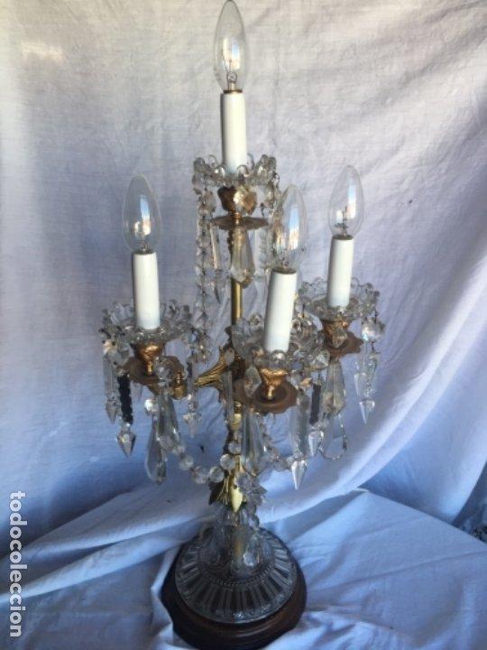 LAMPARA CRISTAL Y BRONCE 68 CM ALTURA MAXIMA (Antigüedades - Cristal y Vidrio - Otros)