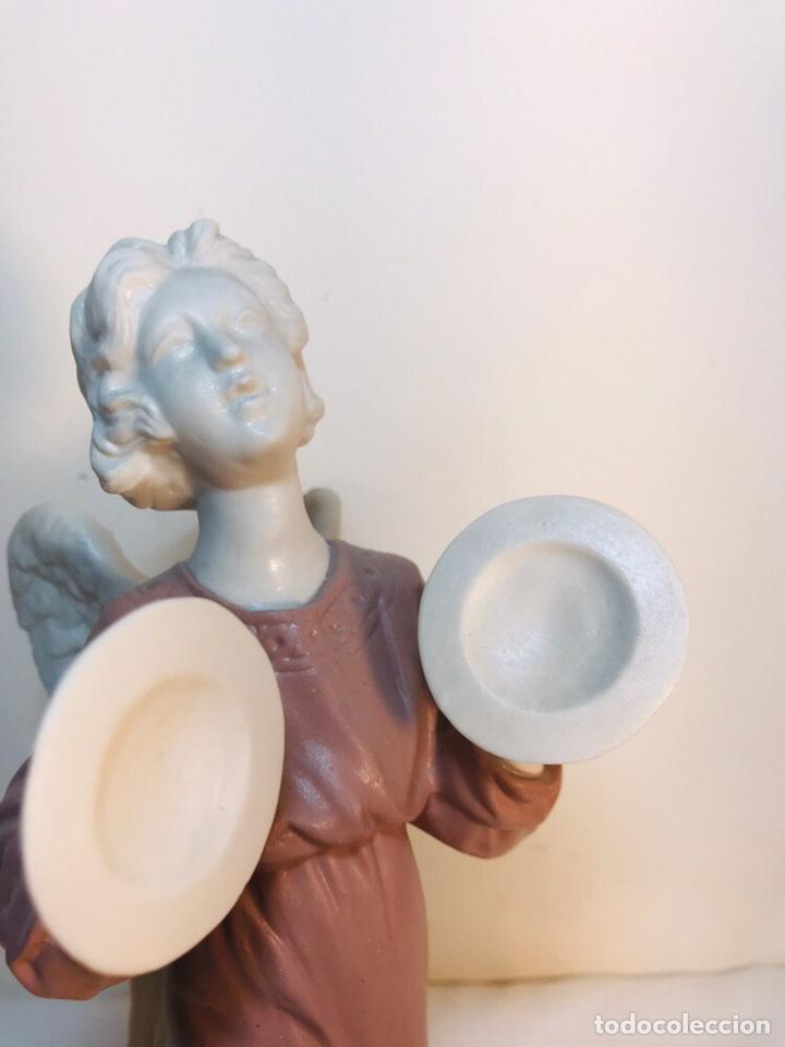 Antigüedades: Figura Porcelana-España- Algora - Angel músico Platillos- 23 cm - Foto 2 - 177775033