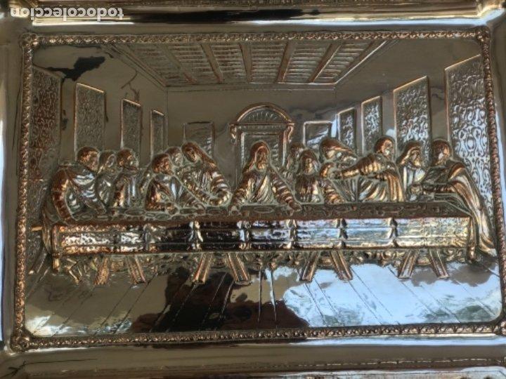 Antigüedades: ESPECTACULAR PLAFON DE LA SANTA CENA DE DA VINCI -BAÑO DE PLATA REPUJADA. PRINCIPIOS S. XX. - Foto 4 - 177779494