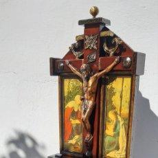 Antigüedades: LIMOSNERO DE MADERA Y FORJA. Lote 177797043