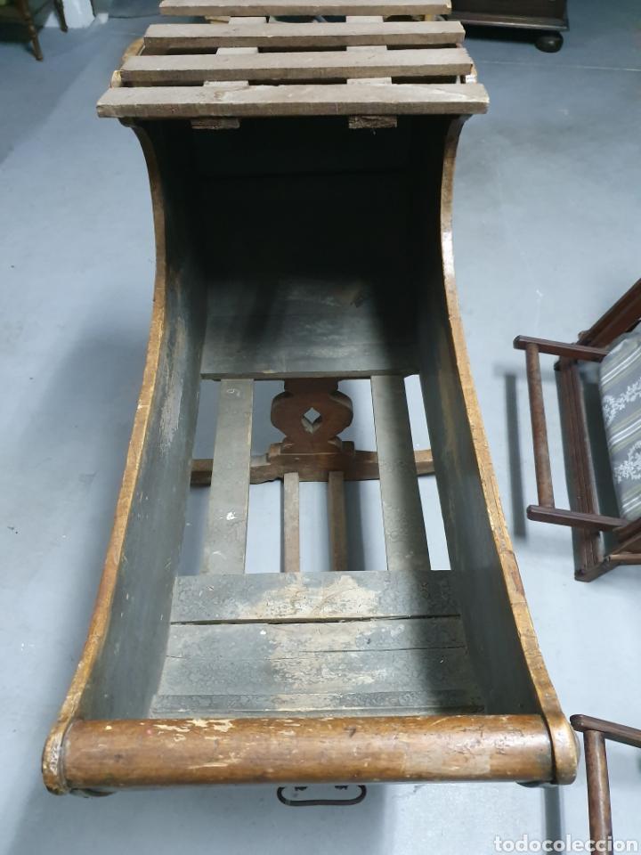Antigüedades: Antigua cuna mecedora. - Foto 10 - 177835518