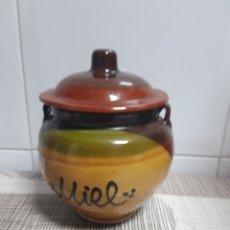 Antigüedades: TARRO DE BARRO PARA LA MIEL. Lote 177839539