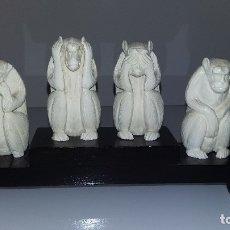 Antigüedades: MONOS SABIOS DE MARFIL. Lote 177867552