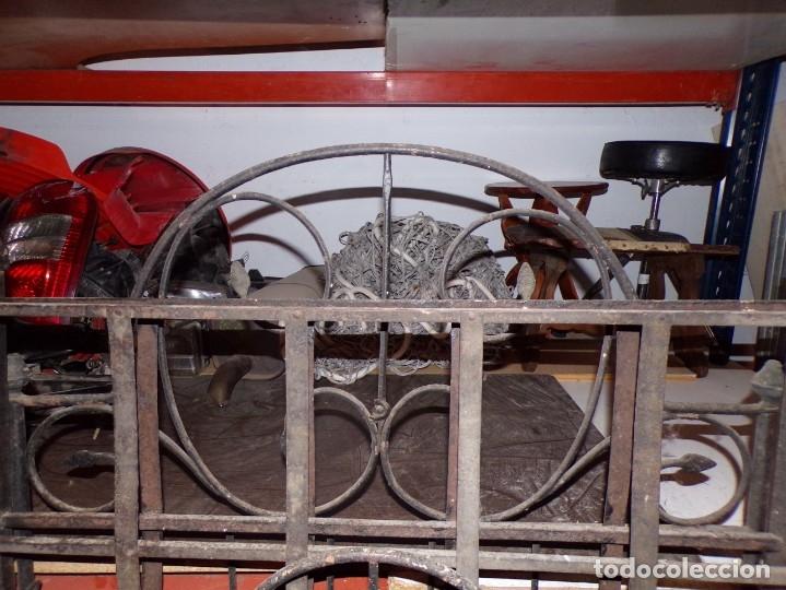 Antigüedades: cama hierro forjado individual - Foto 3 - 177872819