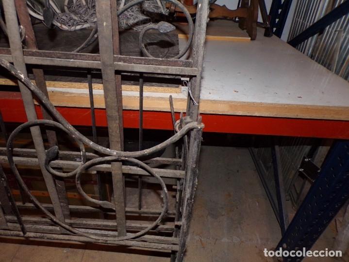 Antigüedades: cama hierro forjado individual - Foto 4 - 177872819