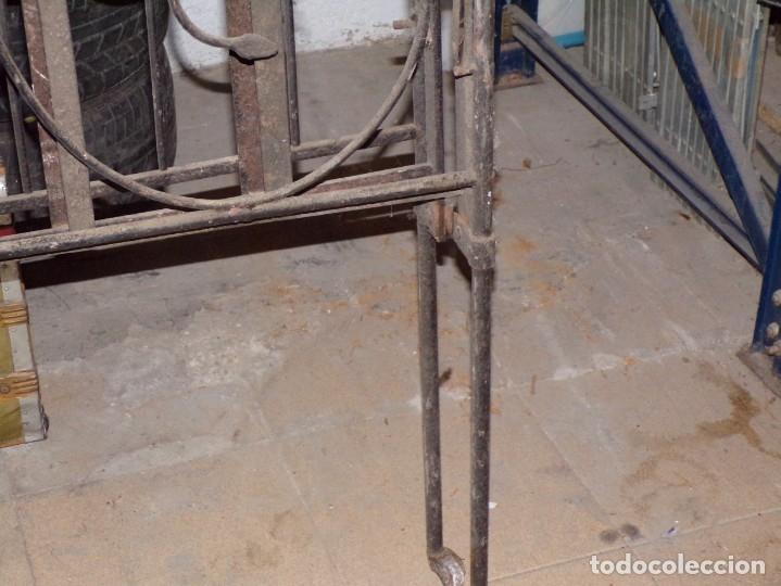 Antigüedades: cama hierro forjado individual - Foto 5 - 177872819