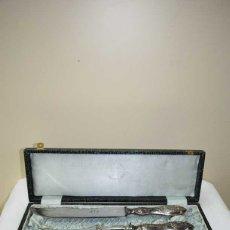 Antigüedades: JUEGO TRINCHANTE ANTIGUO DE ALPACA. Lote 177945180