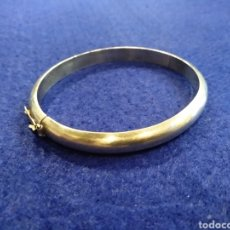 Antigüedades: PULSERA REDONDA DE PLATA.. Lote 177946624