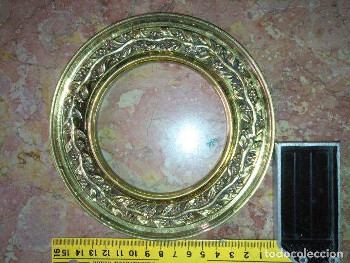 Antigüedades: 1 guanicion metal ideal torta bronce corona resplandor de virgen gran tamaño y grosor. semana santa - Foto 9 - 252380330
