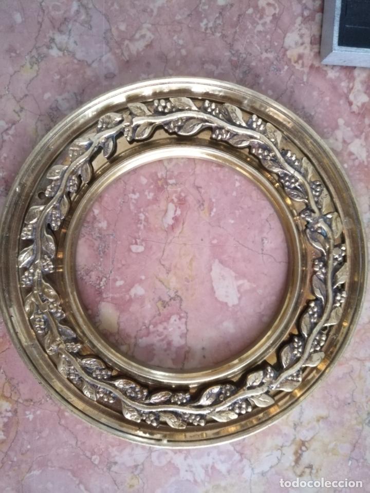 Antigüedades: 1 guanicion metal ideal torta bronce corona resplandor de virgen gran tamaño y grosor. semana santa - Foto 12 - 252380330
