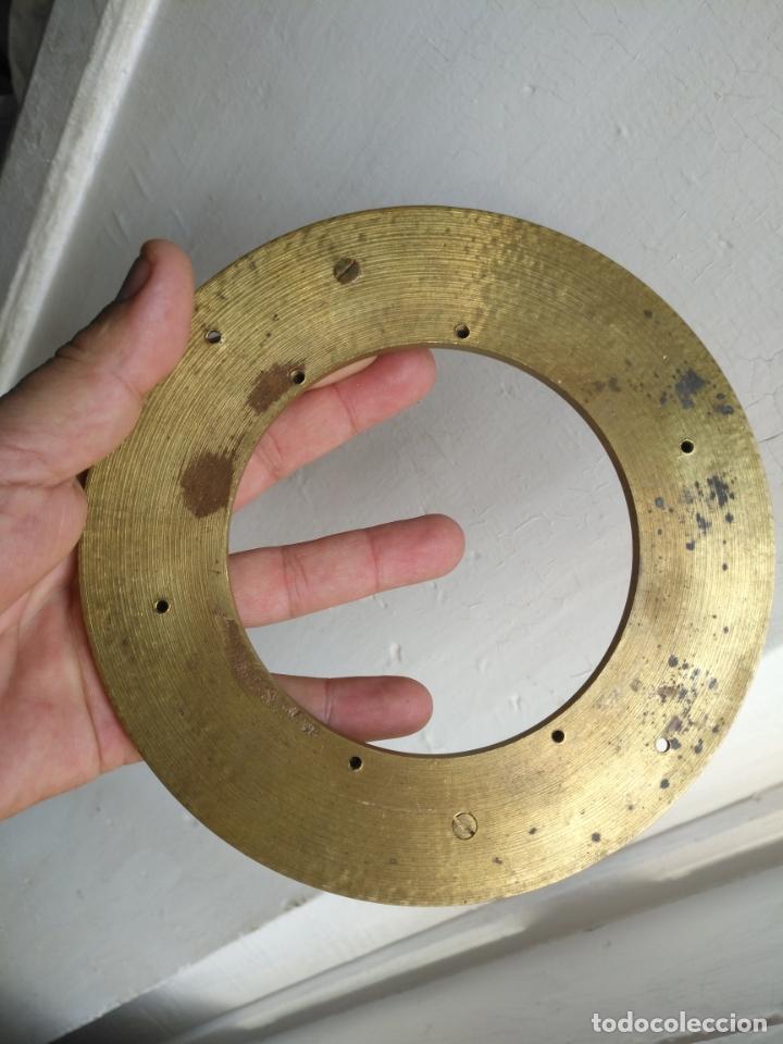 Antigüedades: 1 guanicion metal ideal torta bronce corona resplandor de virgen gran tamaño y grosor. semana santa - Foto 17 - 252380330