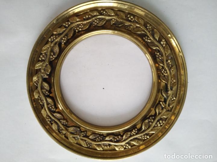 Antigüedades: 1 guanicion metal ideal torta bronce corona resplandor de virgen gran tamaño y grosor. semana santa - Foto 18 - 252380330