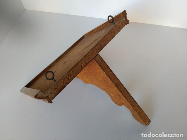 Antigüedades: Repisa de madera para santos u otros - Foto 2 - 177954853