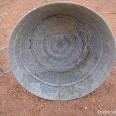 Antigüedades: BARREÑO CINC ZINC ASAS 50 CM. Lote 177973309