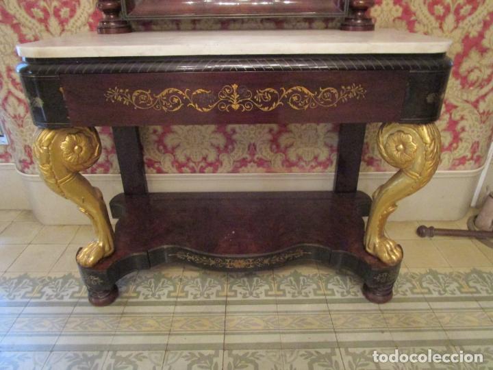 Antigüedades: Preciosa Consola Isabelina - Madera Tallada y Dorada en Pan de Oro - Marquetería en Latón - S. XIX - Foto 3 - 177980210