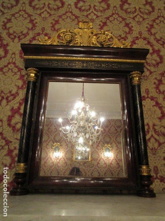 Antigüedades: Preciosa Consola Isabelina - Madera Tallada y Dorada en Pan de Oro - Marquetería en Latón - S. XIX - Foto 21 - 177980210