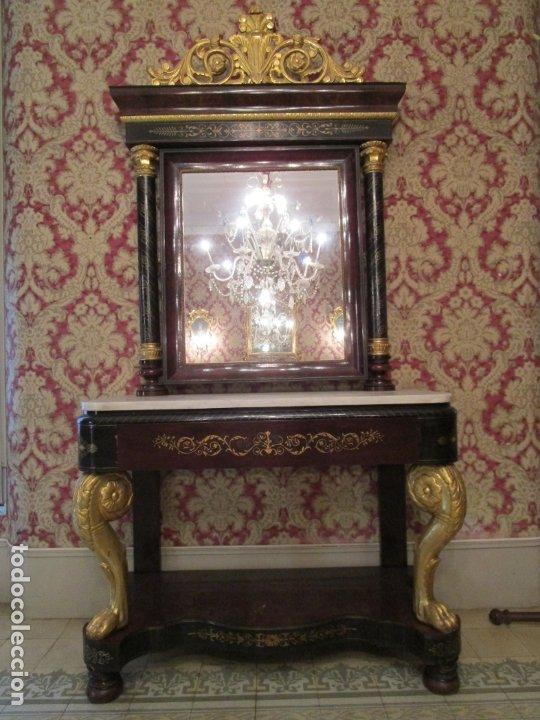 Antigüedades: Preciosa Consola Isabelina - Madera Tallada y Dorada en Pan de Oro - Marquetería en Latón - S. XIX - Foto 32 - 177980210