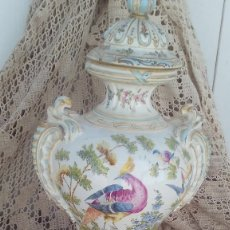 Antigüedades: JARRON EN PORCELANA DE CHELSEA CON MARCAS ,ANCLA DORADA 1756-1769. Lote 178028988
