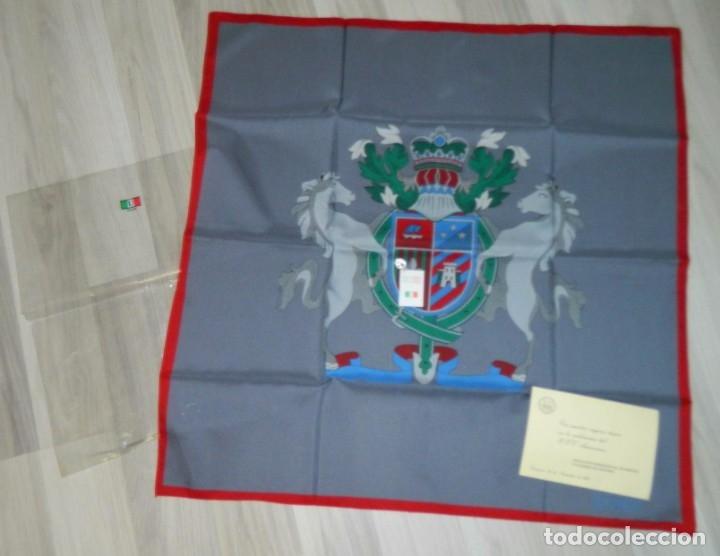 ITALY PAÑUELO DE CABALLERO TASADORES DE SEGUROS ZARAGOZA 1987 (Antigüedades - Moda - Pañuelos Antiguos)
