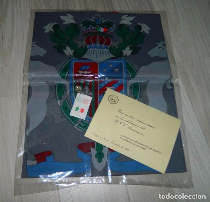 Antigüedades: ITALY Pañuelo de Caballero TASADORES DE SEGUROS ZARAGOZA 1987 - Foto 2 - 178083244