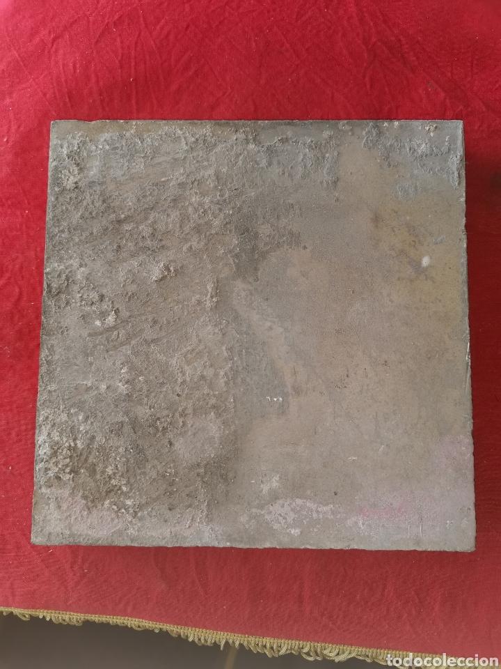BALDOSA DE BARRO ANTIGUA. TORRES. GRANADA. (Antigüedades - Porcelanas y Cerámicas - Otras)