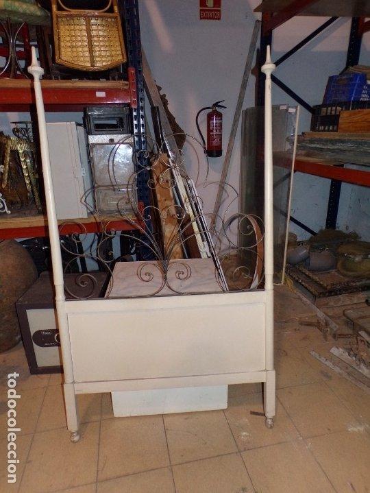 CABEZAL CAMA MADERA (Antigüedades - Muebles Antiguos - Camas Antiguas)