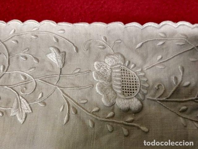Antigüedades: ANTIGUO FUNDA DE ALMOHADA EN HILO BORDADA - Foto 2 - 178152320
