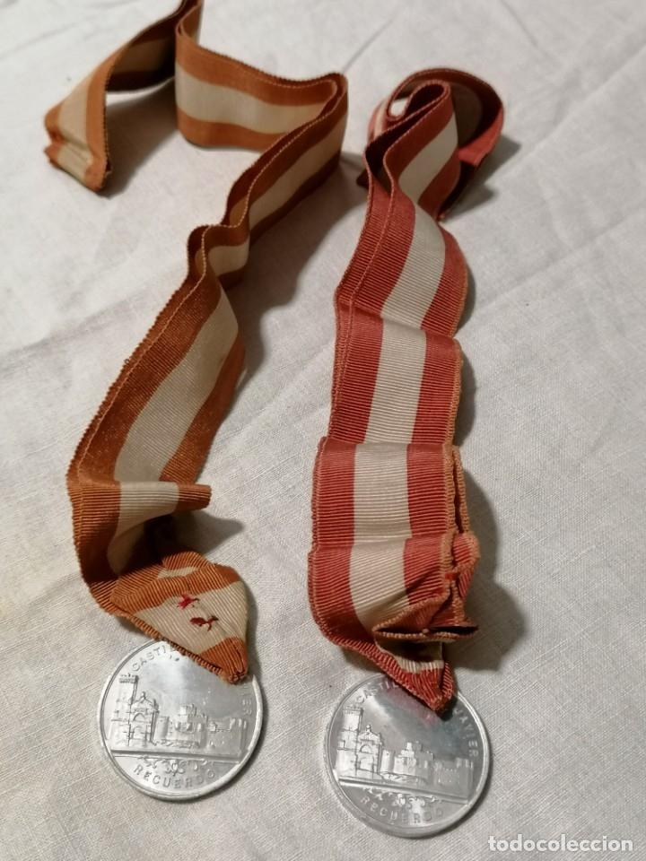 Antigüedades: Lote de dos Antiguos escapularios con medallas de S. Francisco Xavieri - Foto 3 - 178155539